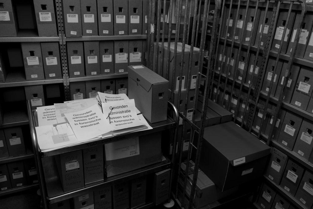 Dossiers in het archief van het Cold Case Team Oost-Nederland