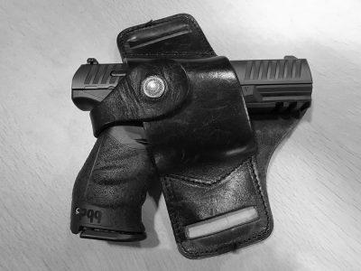 Dienstwapen van Maarten Severyn: de Walther PQQ-NL